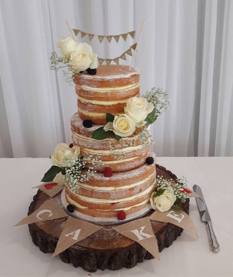 wedding cake maker surrey wedding cake puttycakes 23206