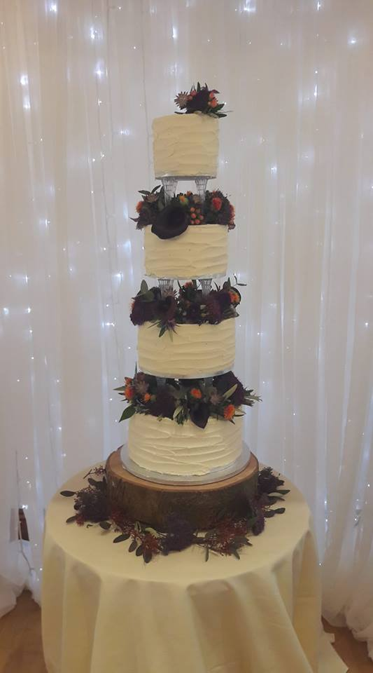 4 tier wedding cake recipe a beautiful 4 tier buttercream wedding cake puttycakes 10403